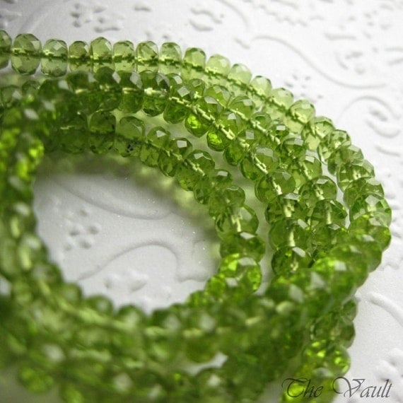 Peridot faceted rondelles, 4.5mm - 5mm, 20 gemstone beads, demi strand