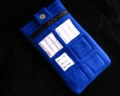 TARDIS Case iPad iPad mini/ sleeve / tech-cozy Nook Kindle gadget cover for e-readers and tablets-  for Doctor Who fans. Custom made