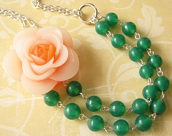 Flower Necklace Bridesmaid Jewelry Green Necklace Statement Necklace Emerald Jewelry Beaded Necklace