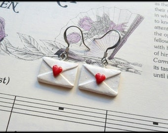 Sign, Sealed, Delivered, I'm yours Earrings