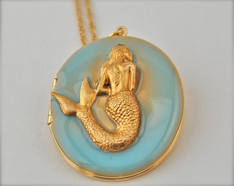 The Mermaid Locket - Vintage