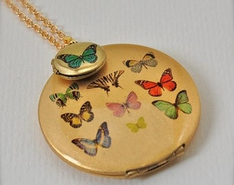 The Butterfly Gallery Art Locket Set - Vintage