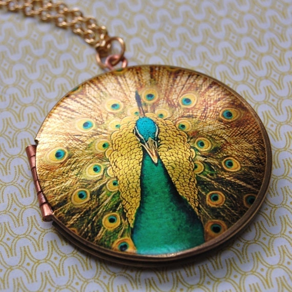The Elegant Peacock Locket - Vintage