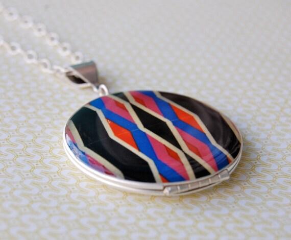 The Geometric Locket - Vintage - Fine Silver .999