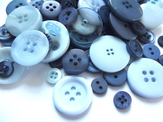 100 Mixed Buttons - Shades of Blue, Light Blue, Baby Blue, Indigo, Dark Blue, Deep Blue, Denim Blue for Sewing, Jewelry, Mixed Media Crafts