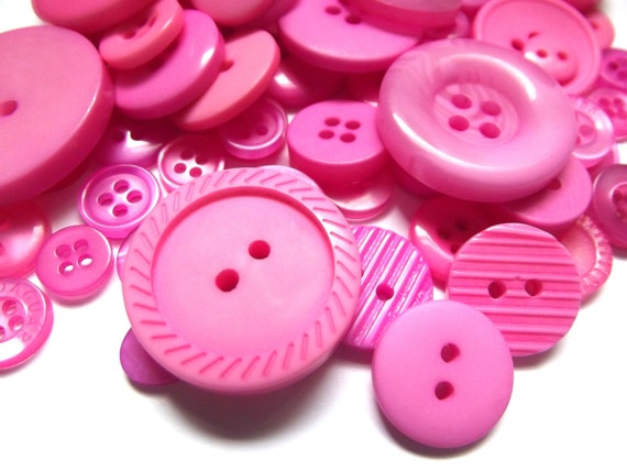 100 Mixed Buttons - Shades of Pink, Bright Pink, Hot Pink, Dark Pink, Magenta, Fuchsia for Sewing, Jewelry, Mixed Media Crafts