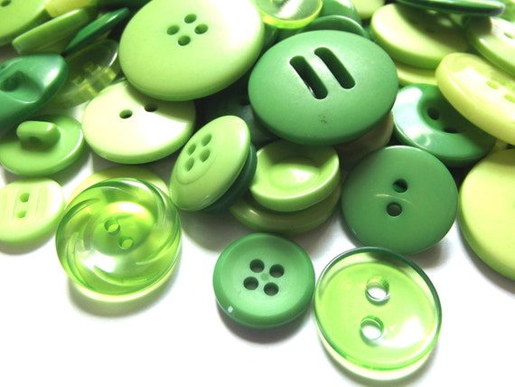100 Mixed Buttons - Shades of Kelly Green, Green Grass, Celery, Lemongrass, Green Apple, Moss Green, Avocado for Sewing, Jewelry, Crafts