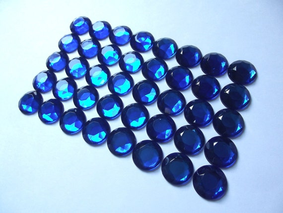 40 Royal Blue Rhinestone Jewels, Faceted Round Blue Acrylic Cabochon Gems - 18 mm - for Hair Accessories, Hair Flowers, Crafts