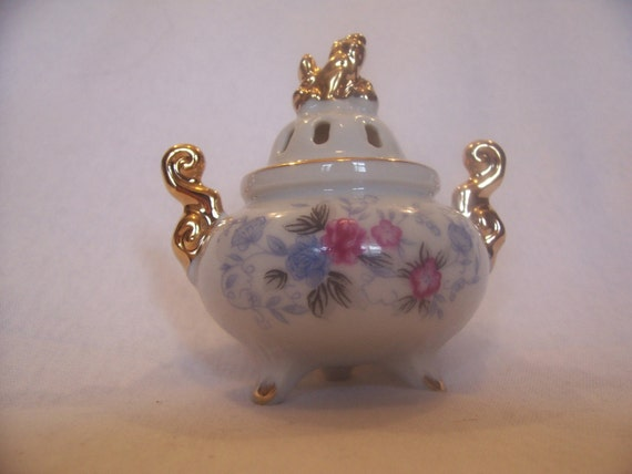 Incense Burner with floral decoration New in it's origional box  SALE