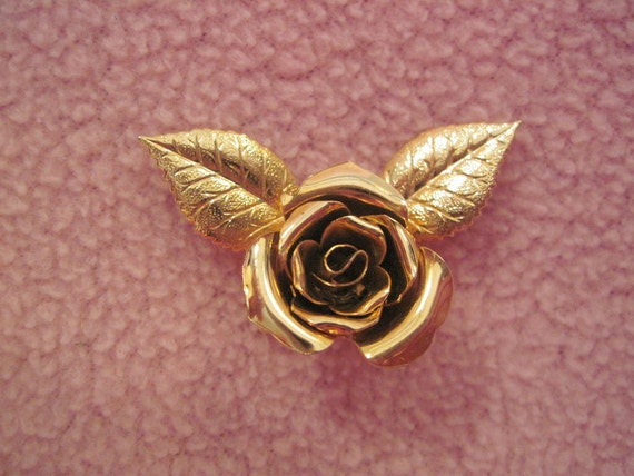 Vintage Brooch Gold Tone Metal Rose SALE