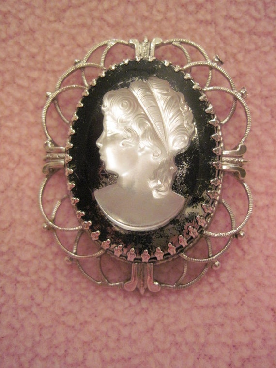 Vintage Cameo not perfect