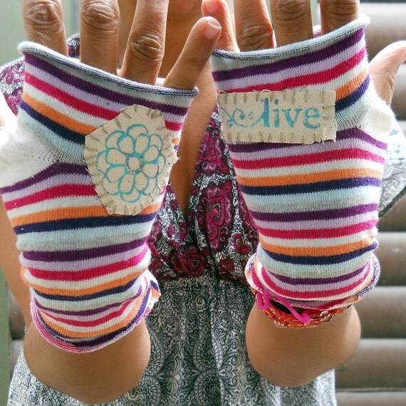 Fingerless Gloves Funky Flower Live your Dreams One of a kInd