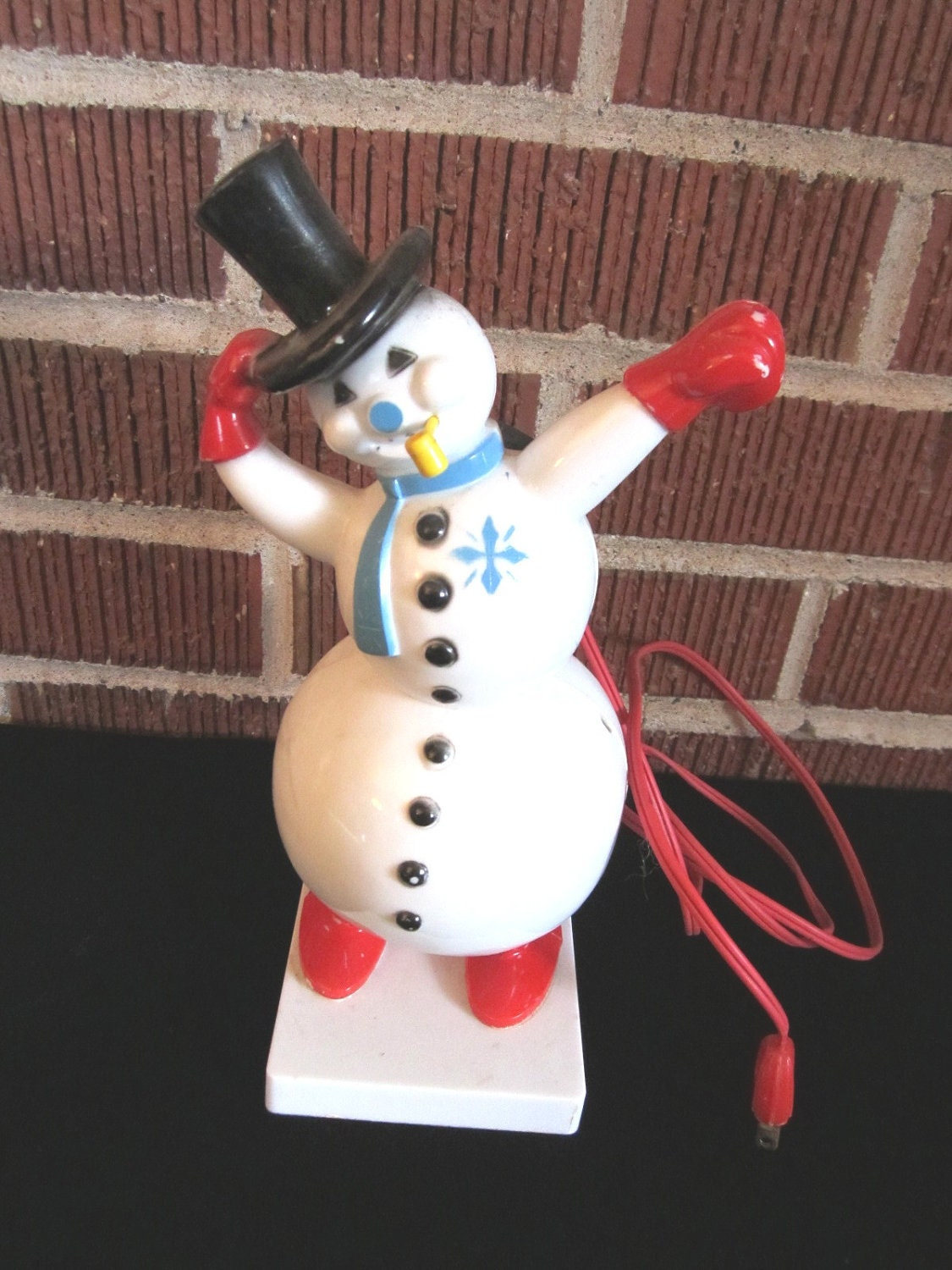 Vintage 1950s festive plastic christmas decor by funoldstuff for Plastic snowman