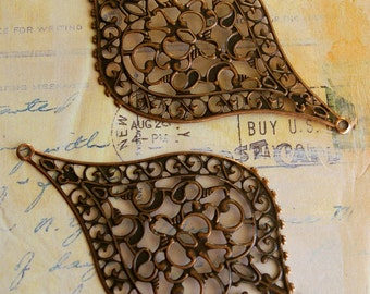 10 pc - Large Boho - Copper -  Antique style filigree stamping lace pendant drop