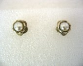 The Tiny Flowers - sterling silver, pearl and gold stud earrings