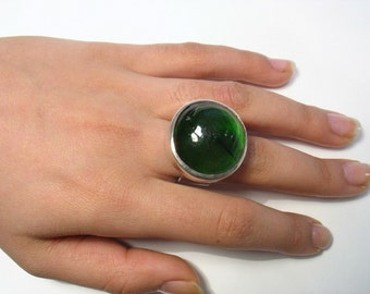 The Green Galaxy - glass and silver ring