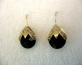 Yemenite yellow gold filigree earrings  with faceted onyx ,clear quartz or Labradorite -The Artistic