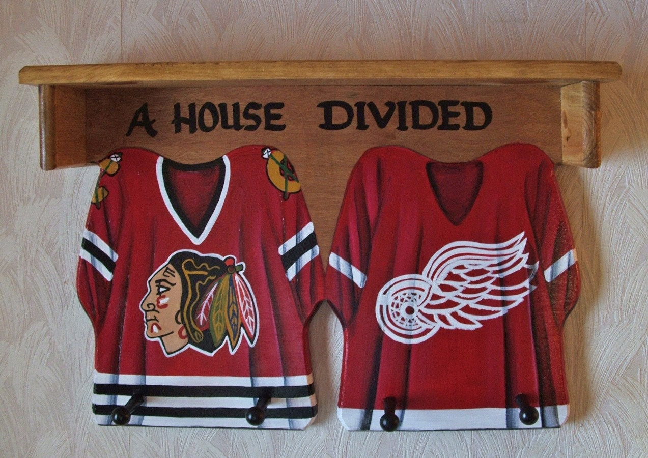 hockey jersey wall hanging with shelf and pegs. Black Bedroom Furniture Sets. Home Design Ideas