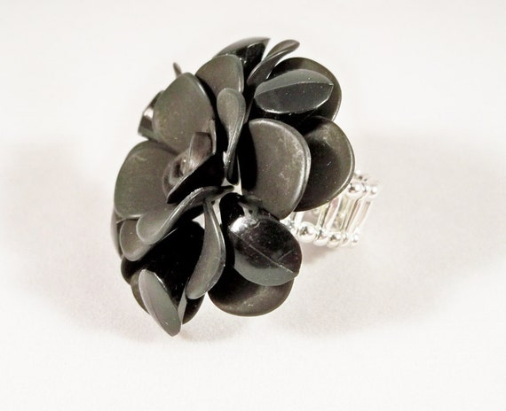 Cocktail Ring Black Flower Bold Statement Jewelry