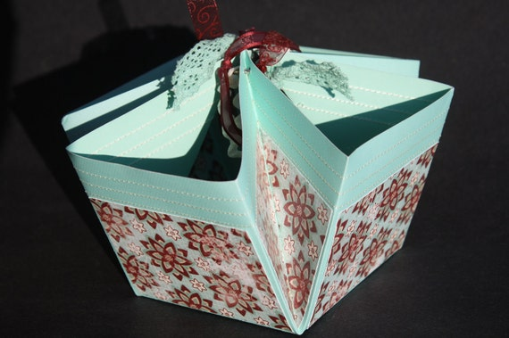 Red and Aqua Flowers 4 Pocket Gift and Display Basket