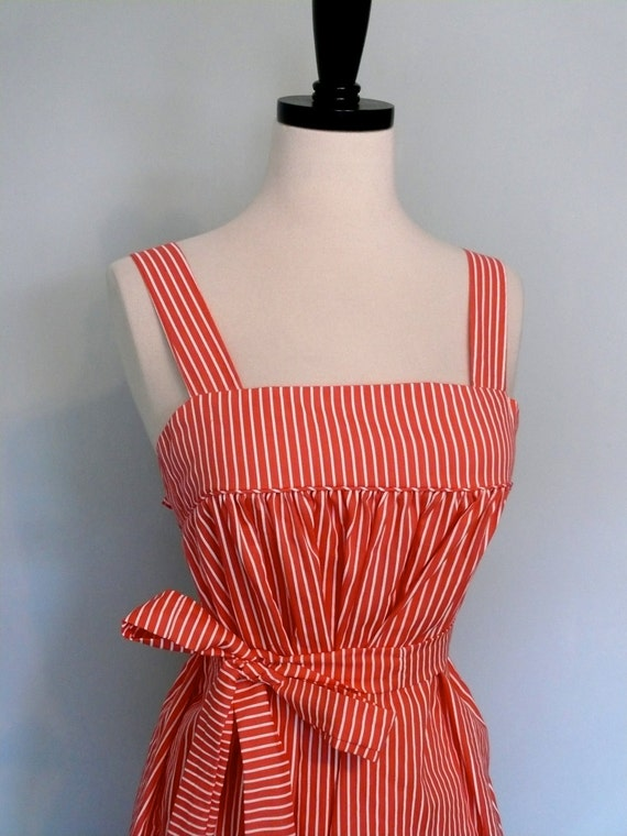 Dress Vintage 1970s // Coral striped pinafore 1940s style