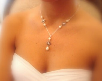 Bridal necklace, Pearl Wedding necklace, Bridal jewelry, Swarovski crystal necklace, Antique silver necklace, Bridesmaid necklace, Filigree