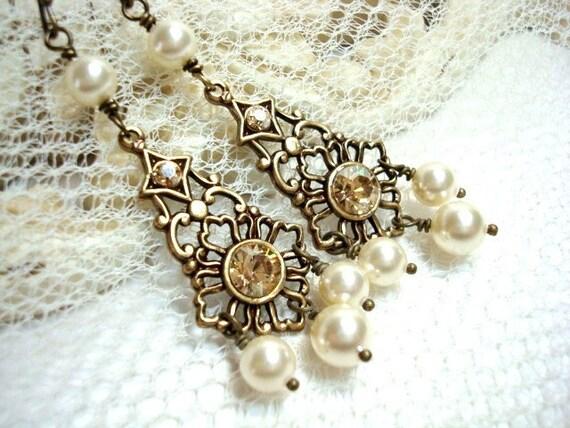 Vintage style chandelier earrings, Bridal earrings, Antique gold wedding earrings, Swarovski golden shadow, Crystal bridesmaid earrings