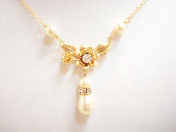 Bridal necklace, Gold necklace, Bridal jewelry, Wedding necklace, Pearl necklace, Crystal necklace, Bridesmaids gift, Simple necklace