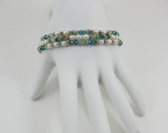 Pearl and Swarovski Crystal Stretch Bracelet Set (B162)