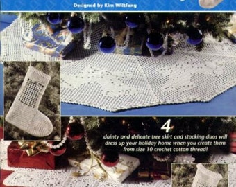 Tree Skirts and Stockings Annie's Attic Thread Crochet Pattern Booklet