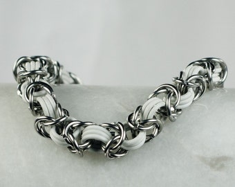 White - Chainmaille Bracelet - Stretchy