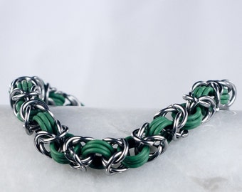 Green - Chainmaille Bracelet - Stretchy