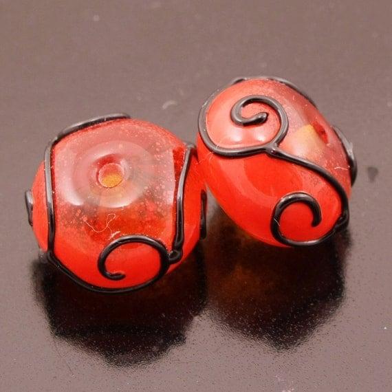 Lampwork Beads Handmade Black Scrolls Red Topaz Rondelle Earring Pair Heather Behrendt (944) BHV SRA LETeam