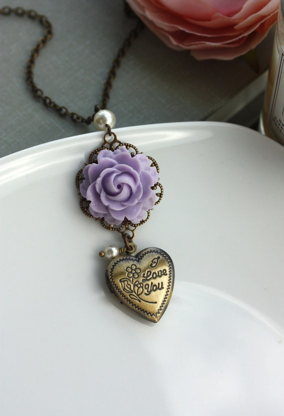I Love You Heart Locket, Lilac Purple Rose Flower Necklace.  Vintage Style. For Mom. For Sisters. For Wife.Love Locket.
