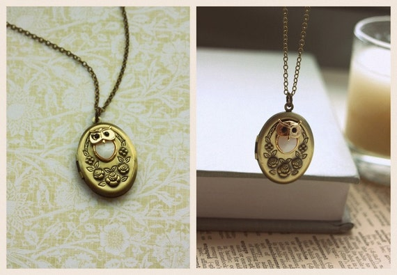 Sale - An Owl Lover Rose Flower Oval Locket Antiqued Brass Necklace. Gifts for Daughter. Woodland. Nature. Gifts for Her. Vintage Style.
