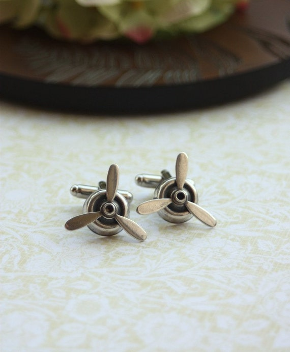 A Pilots Antiqued Silver Rotating Airplane Propeller Cuff Links. For Him. For Dad. Gifts For Brother. Fathers Day Gift.  Love of Flying.