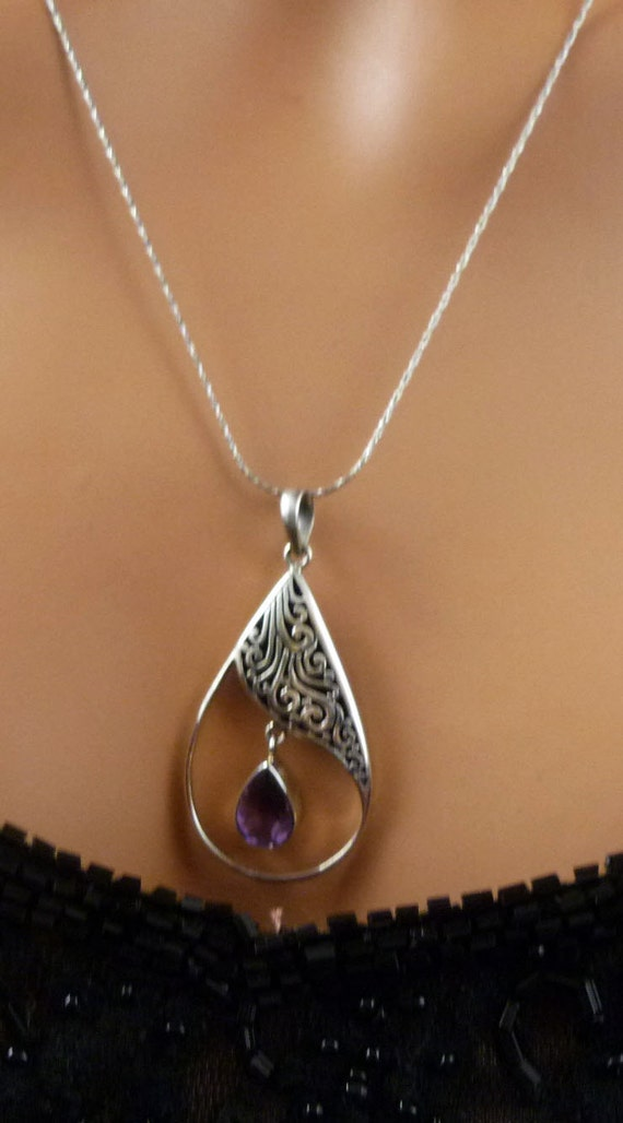 Vintage Victorian Style Sterling Silver Amethyst Gemstone Dangle Pendant - FREE SHIPPING