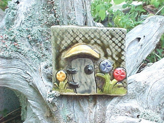 Miniature Rustic Fairy Door Gnome Home Mushroom Orange Blue Red Green Flowers Aquarium Terrarium