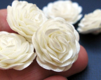 22 pcs. Flowers,  Ivory/Cream Fabric Flowers, Wedding Accessories, Applique Trim, Wedding Decorations, Jewelry Supplies
