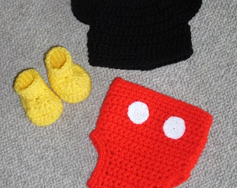 Mickey Mouse Hat, Diaper Cover and Bootie Set  0-3 months