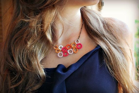 Coral Crochet Necklace. Lightweight Summer Jewelry. Pink Orange