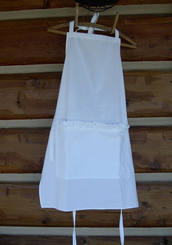 Linen Apron White with Ruffle Pocket