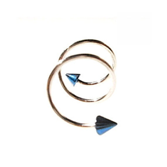 Spiral Cartilage Barbell, Titanium Blue Spikes