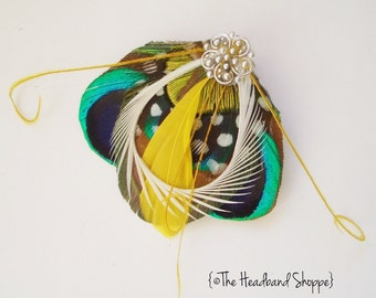ATLANTIS MINI  - Fantastical Peacock Feather Fascinator Hairclip - Yellow
