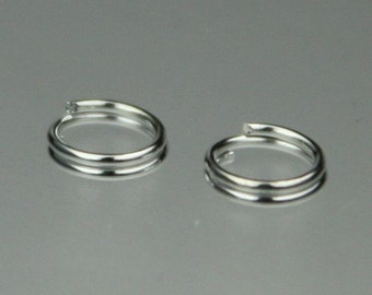200 pcs of Rhodium Plated Split rings - 5mm