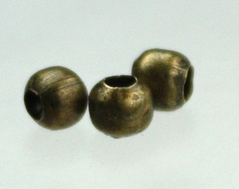 200 pcs of Antique Brass Plated Round Spacer Beads - 4mm