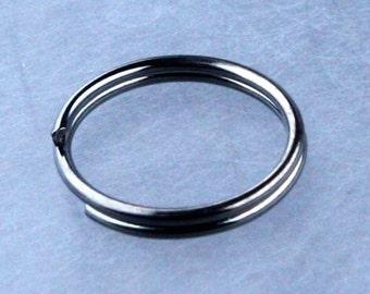 200 pcs of Gunmetal Finished Split Rings - 8mm