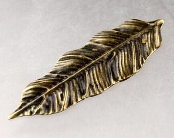 20 pcs of Antique Brass Metal Leaf Dangle Drop Pendant - 38x14mm