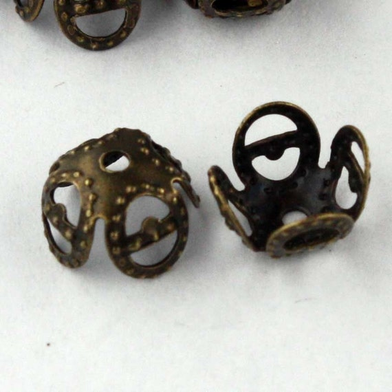 100 pcs of Antique Brass Finished Filigree beads cap 8mm