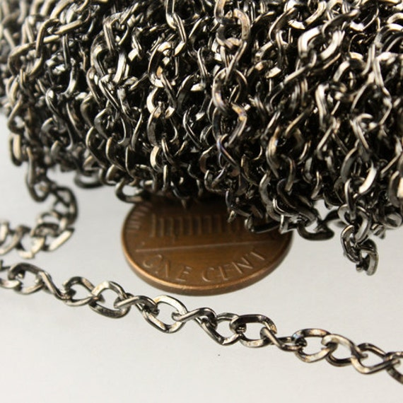 10 ft of Gunmetal Finished Twist Hammered Fashion Curb Chain - 5.2x3.8mm 22G Unsordered Link